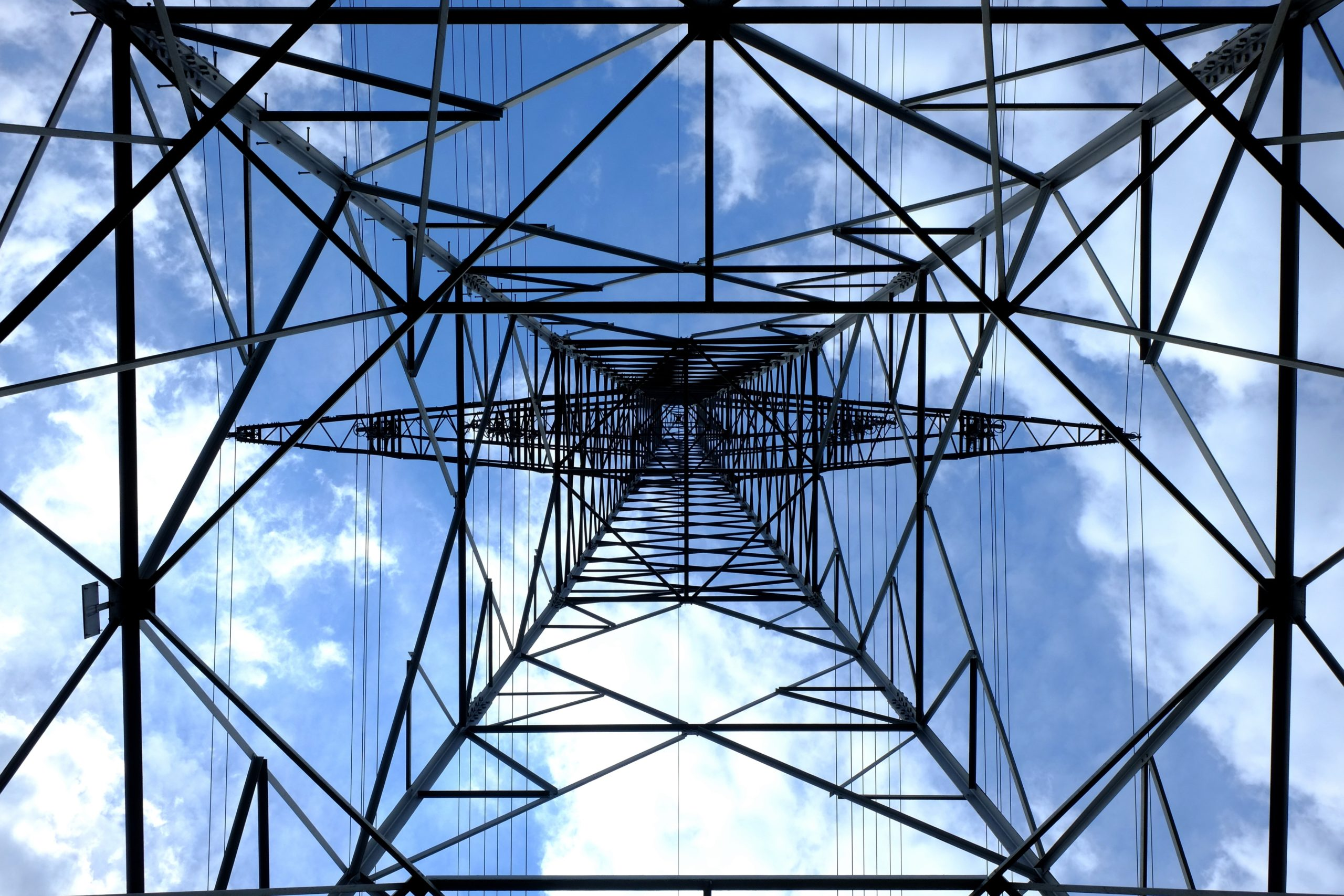 High voltage power lines to be moved underground and light pollution to be minimised in South Oxfordshire
